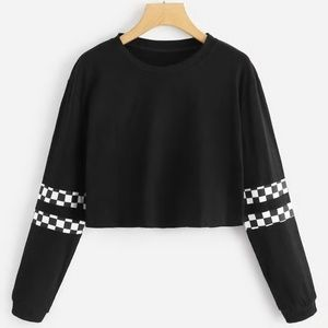 Black & White Plaid Checkered Crop Long Sleeve Top